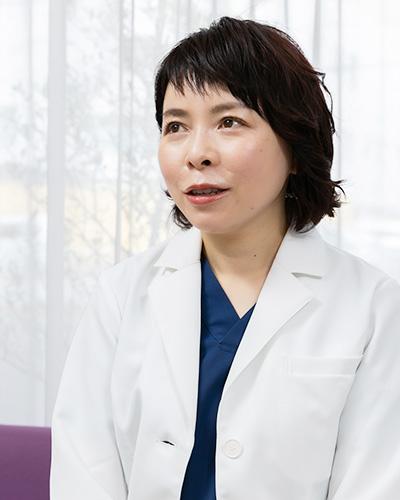 女性の歯科医師による優しい診療